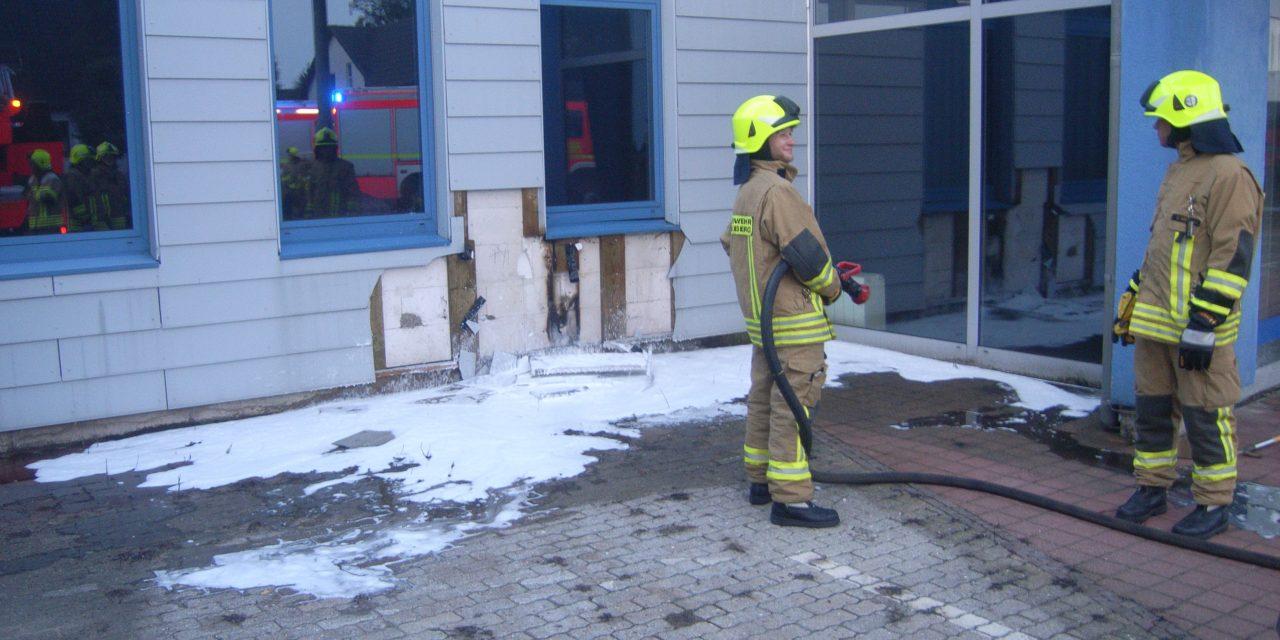 Brennt Fassade