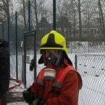 Die Einsatzkräfte wurden später mit Rauchgasfiltern ausgerüstet (HierLord Helmchen)