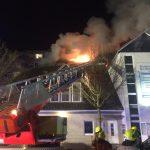 Brandbekämpfung von der Drehleiter aus