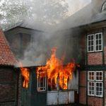 Brandentwicklung noch vor Eintreffen der ersten Feuerwehrkräfte.