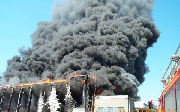 Brand in ausgedehnten Gebäuden