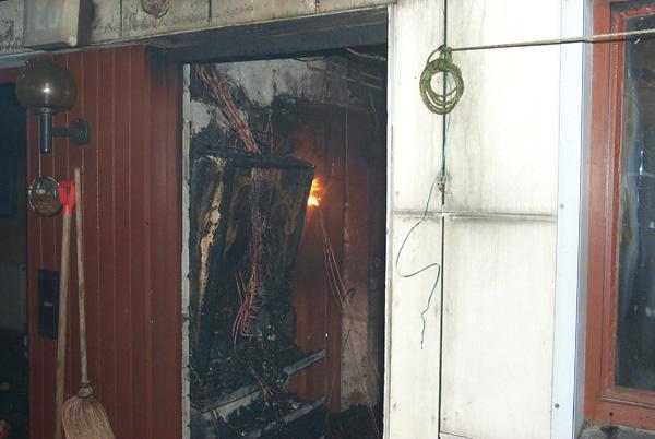 Durch das Feuer wurde das komplette Inventar des Raumes zerstört