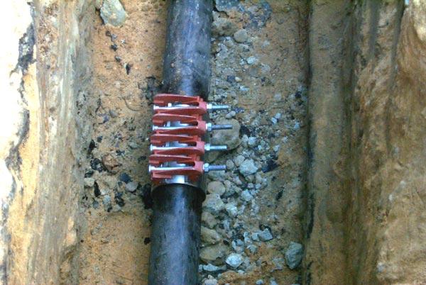 Mit dieser Muffe wurde das Leck in der Erdgasleitung geschlossen