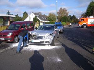Der stark beschädigte Unfallgegner