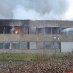 Brandbekämpfung am Bürotrakt