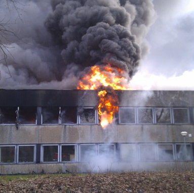 Feuer im Bürotrakt