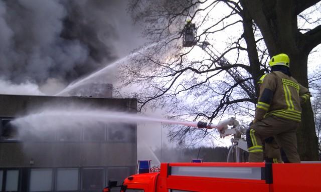 Brandbekämpfung der Pinneberger Kräfte