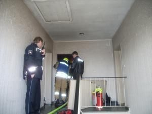 Die Wohnungstür musste gewaltsam geöffnet werden