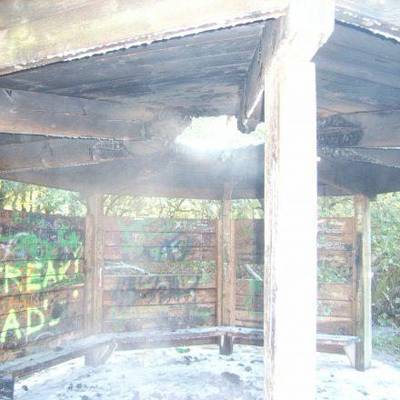 Brandschaden am Unterstand