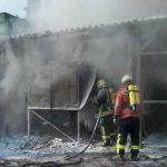 Das Löschpulver brachte den erhofften Erfolg und erstickte die Flammen schnell