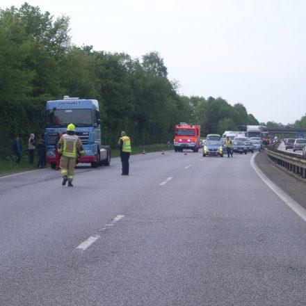 Die Autobahn wurde voll gesperrt
