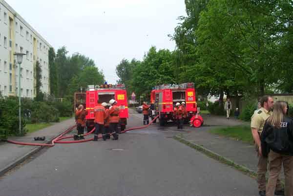 Die Reichenberger Strasse war während der Löscharbeiten gesperrt