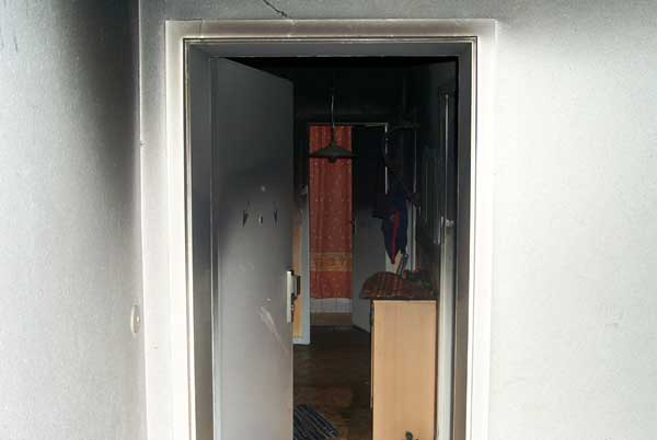 Blick in die vom Rauch zerstörte Wohnung