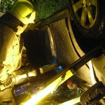 Türöffnung auf der Beifahrerseite mit schwerem hydraulischem Gerät