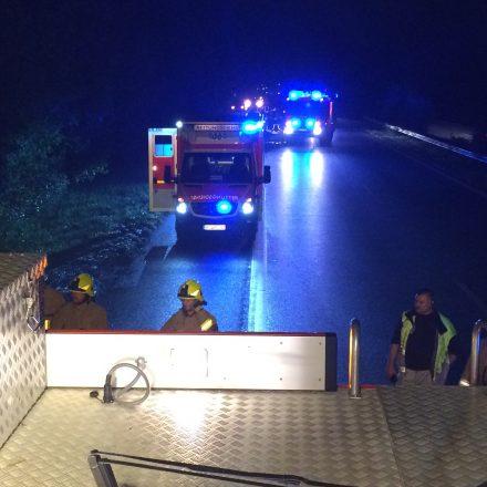 Die Autobahn musste für die Rettungsarbeiten komplett gesperrt werden