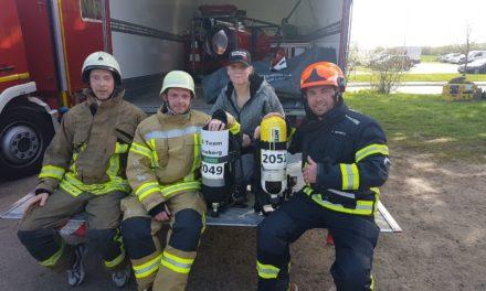 Feuerwehrlauf in Schutzkleidung