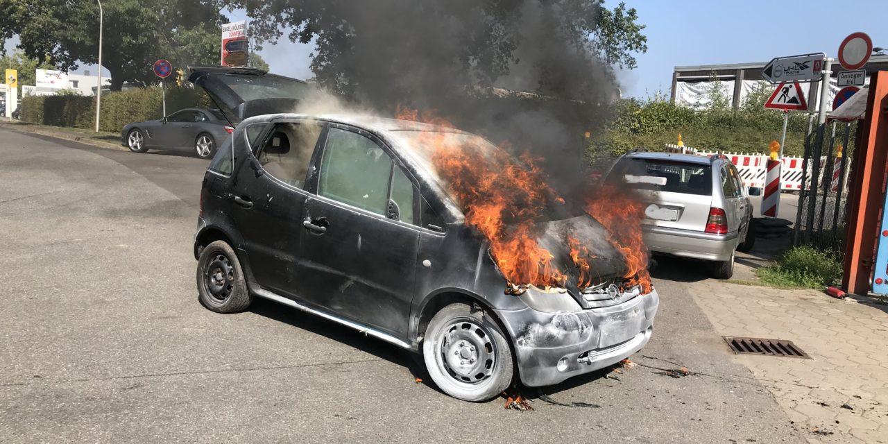 Brennt PKW