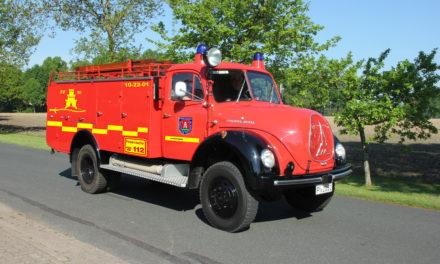 """""""Neues"""" Tanklöschfahrzeug für die Feuerwehr Pinneberg"""