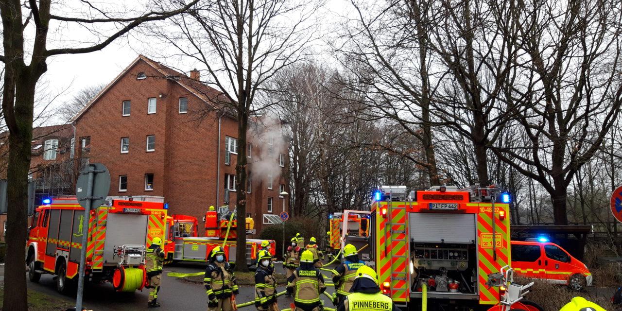 Küchenbrand mit drei Verletzten