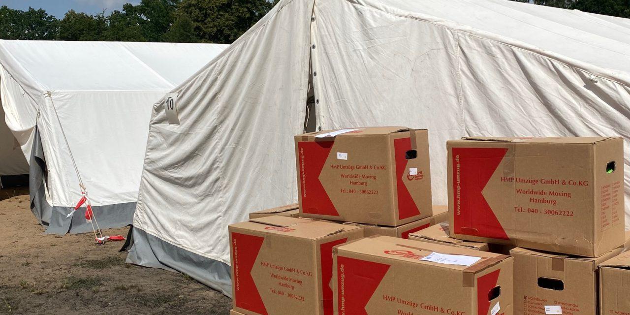 Spendenpakete für Kinder aus dem Flutgebiet übergeben